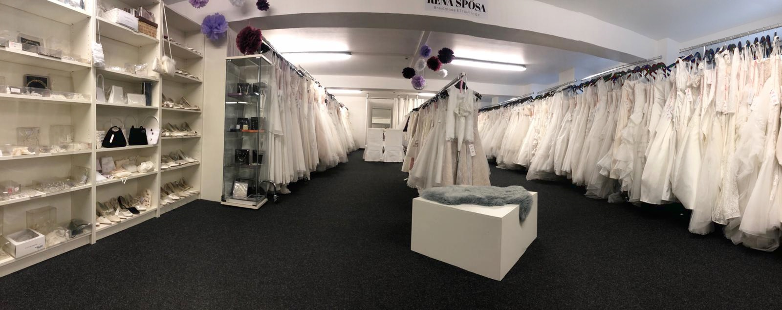 Brautkleider Outlet: Lagerverkauf für Brautmoden